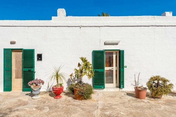 Traditionelles Bauernhaus mit Land - Fasano, Apulien